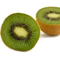 El kiwi es un alimento rico en vitamina K